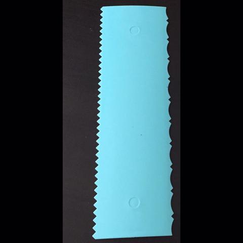 Шпатель кондитерский  голубой ВЫСОКИЙ ДВОЙНОЙ (узор волны и зубчики) (Размер всего шпателя 255х75мм)