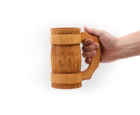 Кружка из дерева с резной ручкой  0,5 л