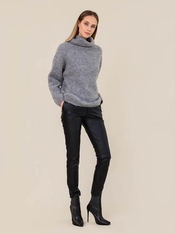 Женский свитер темно-серого цвета из шерсти - фото 5