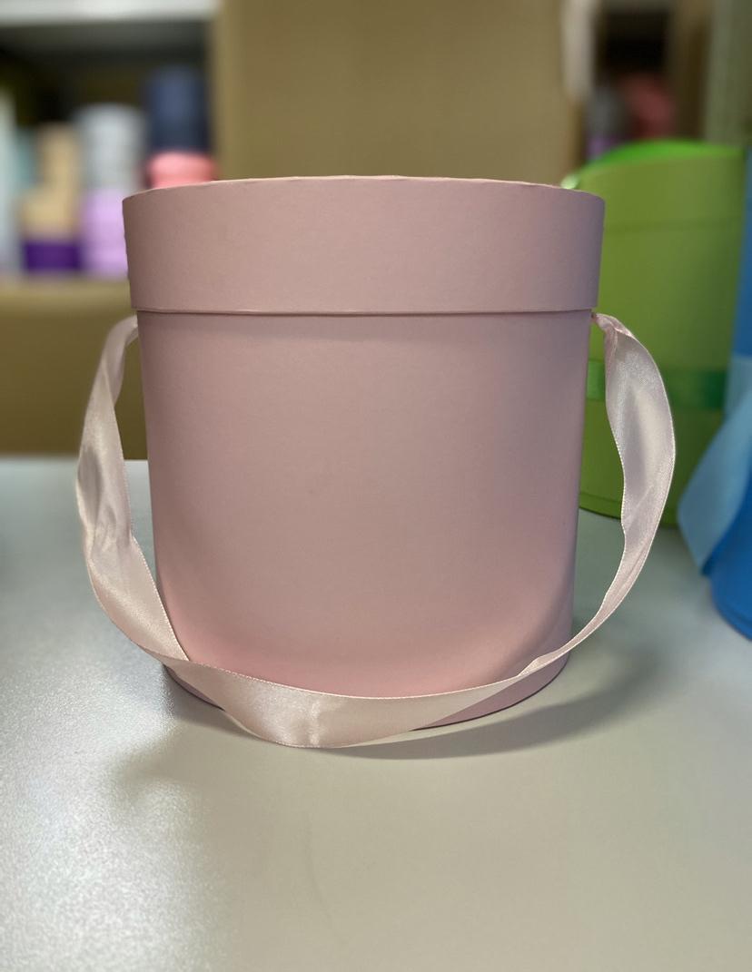 Шляпная коробка эконом вариант 20 см Цвет: Нежно розовый  . Розница 400 рублей