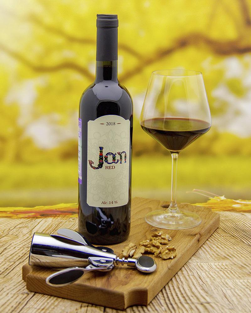Jan Dry Red vintage 2018  14,0%  0,75 l.