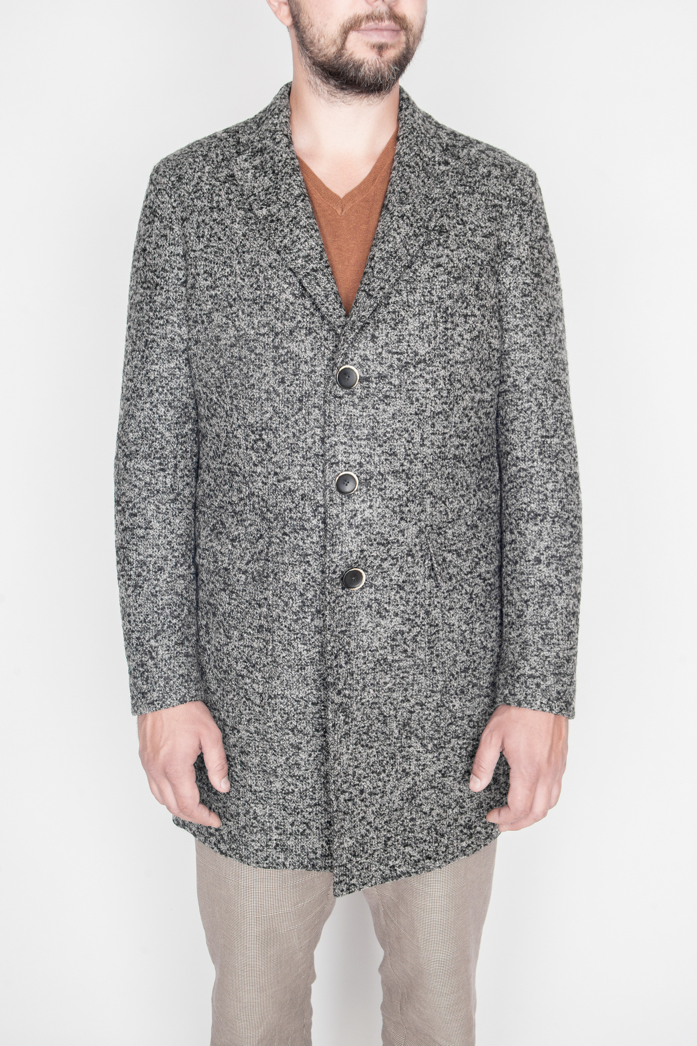 Классическое серое шерстяное пальто