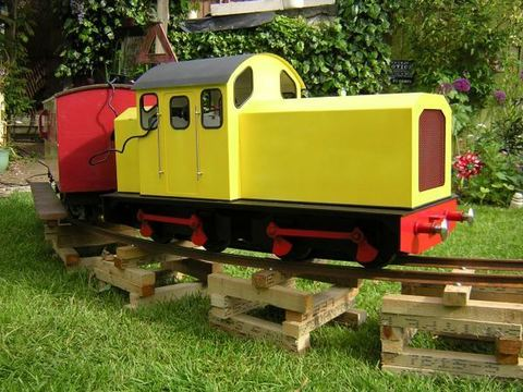 Garden Rail Локомотив Hercules Traveller на колею 12,7 см, электрический