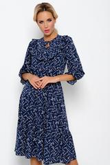 <p><span>Платье из легкой ткани сделает Вас женственной и недосягаемой. Отрезное по линии талии на резинке. Юбка с воланом, рукав 3/4 с оборкой, по переду полочки оборка на сборке.&nbsp;</span></p>