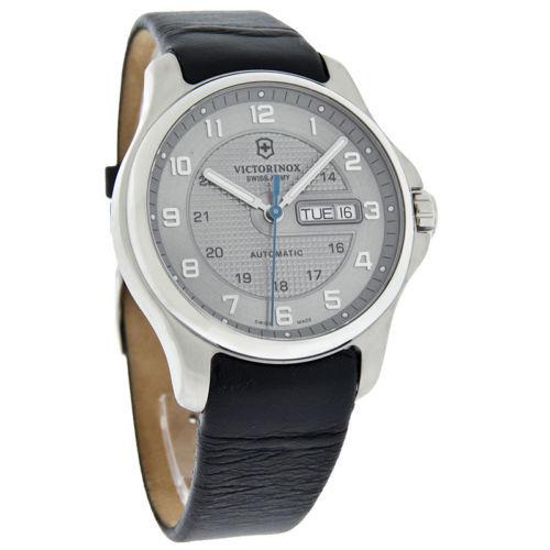 Часы Victorinox (241547.2)