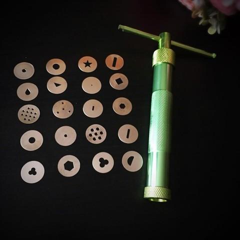 Экструдер кондитерский для мастики металлический (20 насадок)