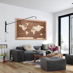 Карта путешественника из дерева Brown фото в интерьере
