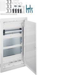 Щит Volta встраиваемый для пустотелых стен, мультимедийный в корп. 3-х рядного, с дверцей, с монт. панелями,  тройной розеткой Schuko, патч-панелью, IP30, RAL9010