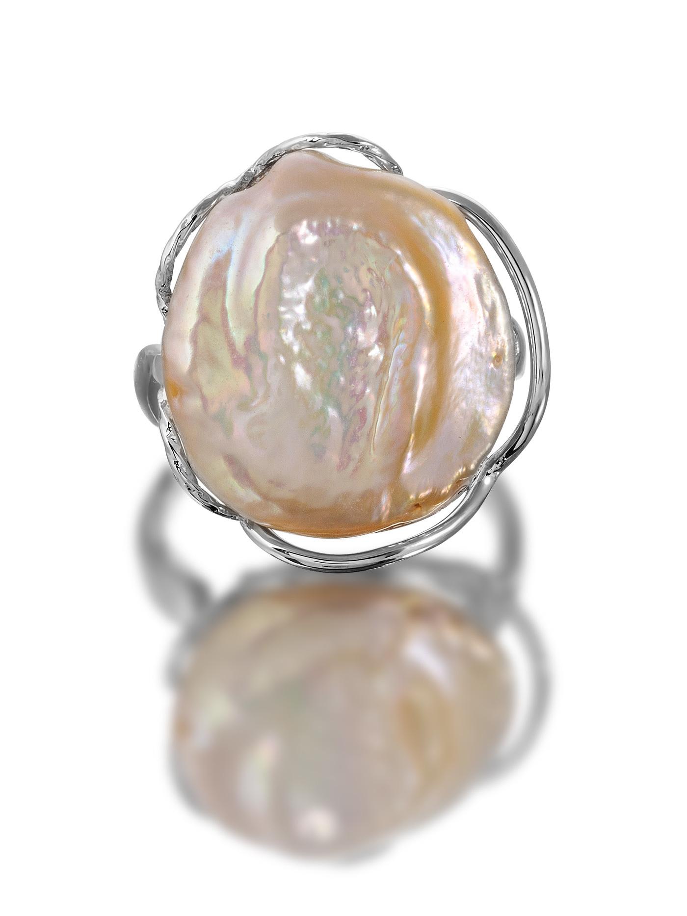 Кольцо с барочным жемчугом