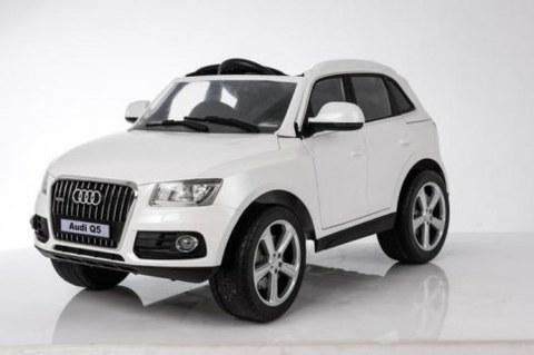 Детский электромобиль Rivertoys Audi Q5-WHITE белый