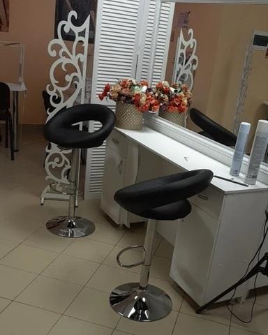 Барный стул Mira / Мира  (стул стилиста, визажиста, бровиста), регулируемый по высоте, экокожа