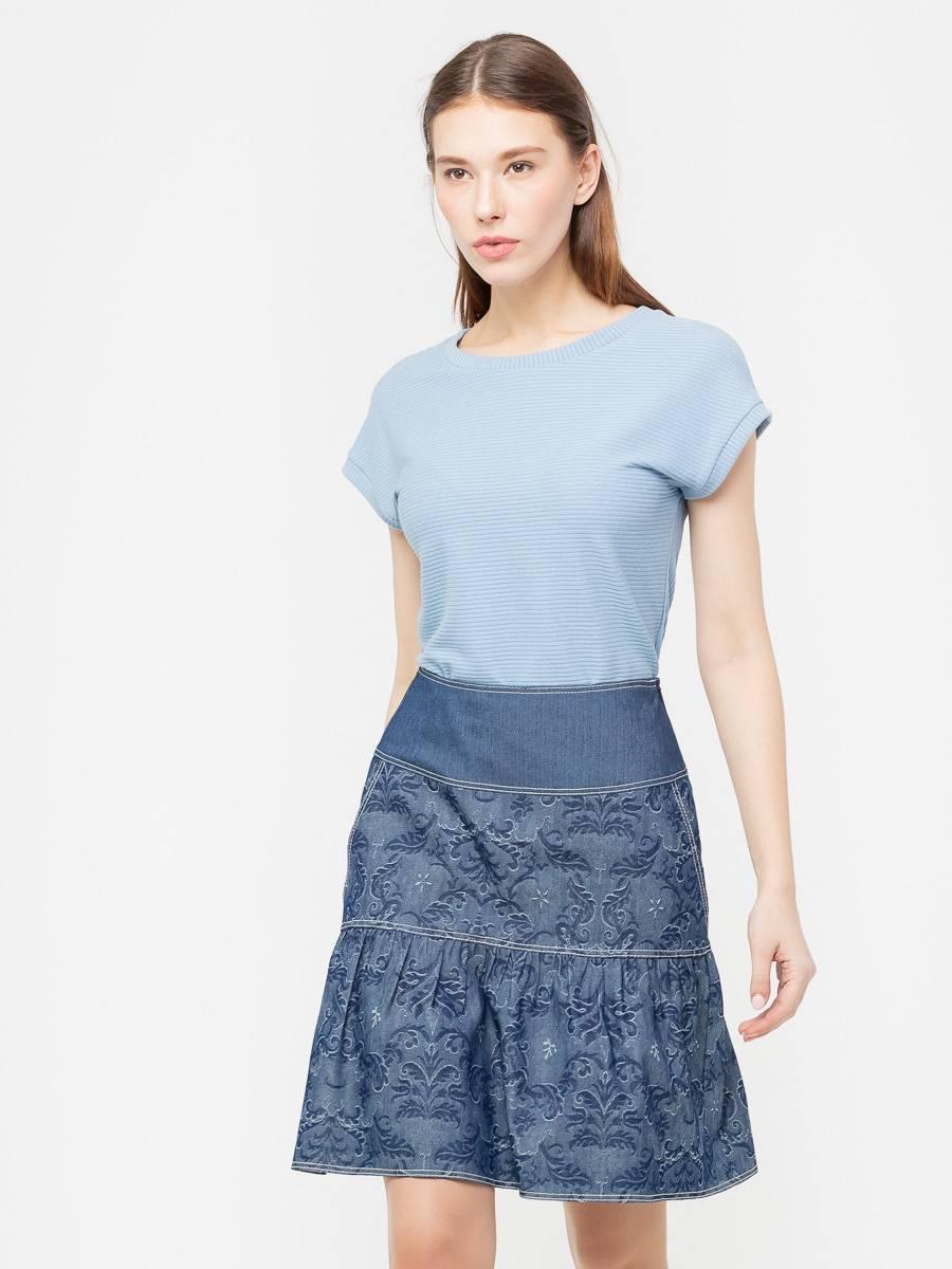 Юбка Б029-194 - Джинсовая юбка на широкой кокетке. По бокам прорезные карманы. Хорошо смотрятся с кедами, отличный летний вариант
