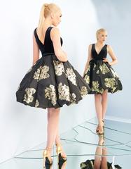 Платье средней длины в черном цвете Goddess in black 6540