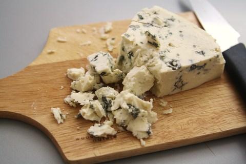 Сыр Горгонзола - острый, голубпя плесеь СЫРЫ И КОЛБАСЫ ИП ПОТАПОВА 0,25кг