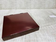 Коробка 20х20х3 см, картон, с прозрачной крышкой и ажурным краем,