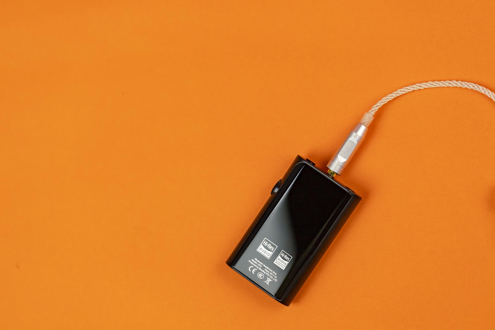 Shanling UP4 black, портативный ЦАП/усилитель для наушников