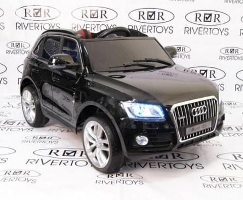 Детский электромобиль Rivertoys AUDI Q5-BLACK-GLANEC