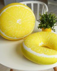Подушка-подголовник Gekoko «Лимон» 2