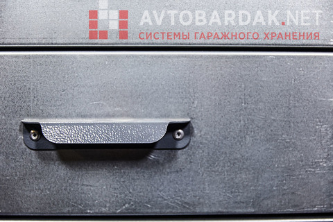 Компактный  (ДШ 1100 х 600 мм) верстак для гаража (модульные ящики и двери)