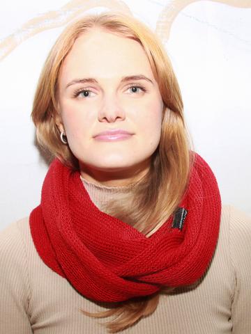 Красный шарф- снуд