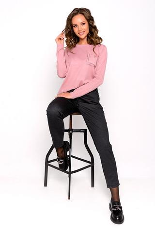 <p>Укороченные брюки на резинке прямого кроя гармонично смотрятся как с класической, так и с повседневной и спортивной обувью.&nbsp;</p>