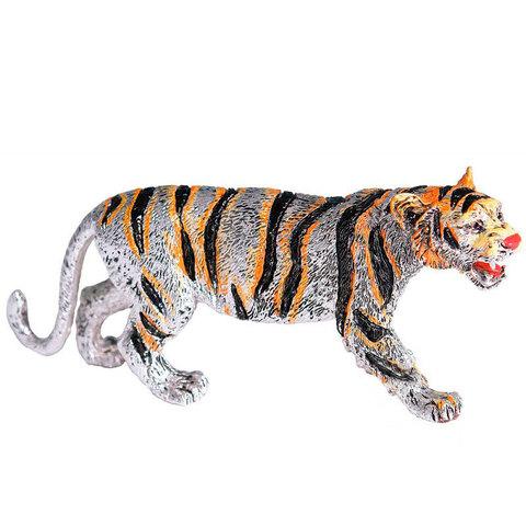 Тигр на охоте - Символ 2022 года