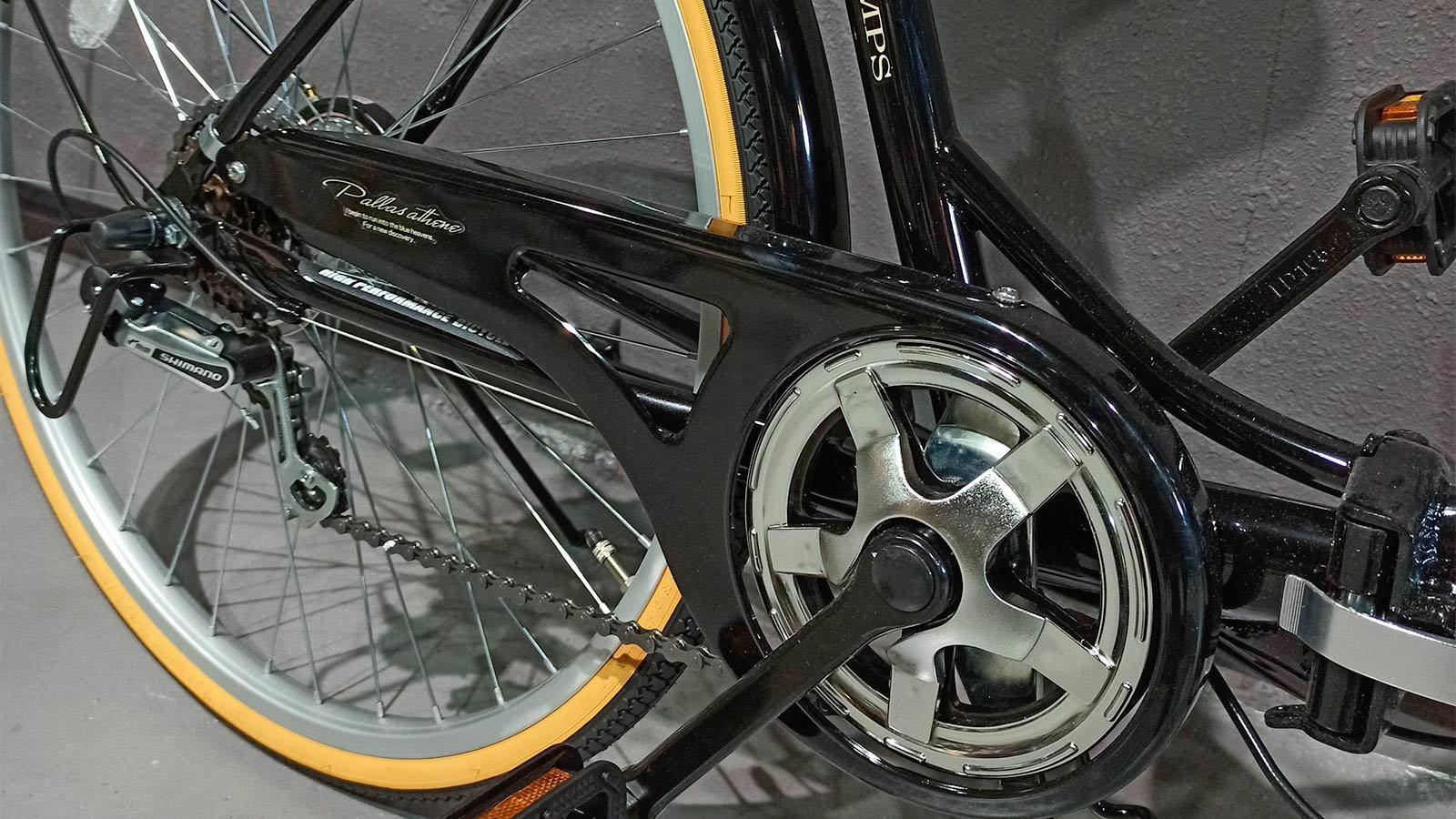 Заднее колесо и звездочка складного велосипеда