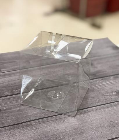 Коробка пластиковая 8,5*8,5*8,5 см