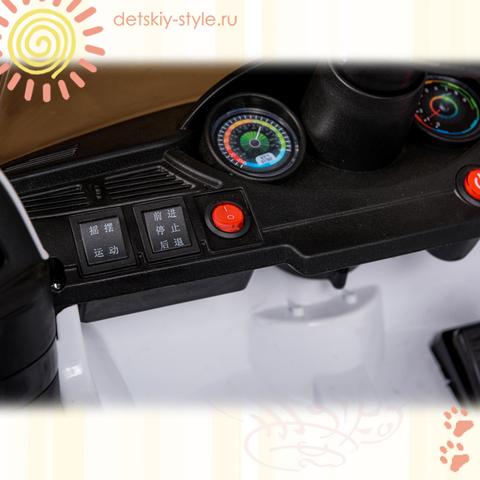 Mercedes XMX816