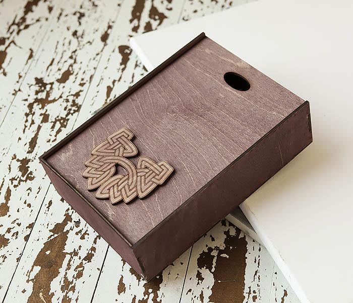 BOX230-3 Большая фиолетовая коробка для упаковки подарков (18*26*7,5 см) фото 03