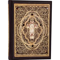 Библия большая с литьем золотой филигранью и гранатами в шкатулке