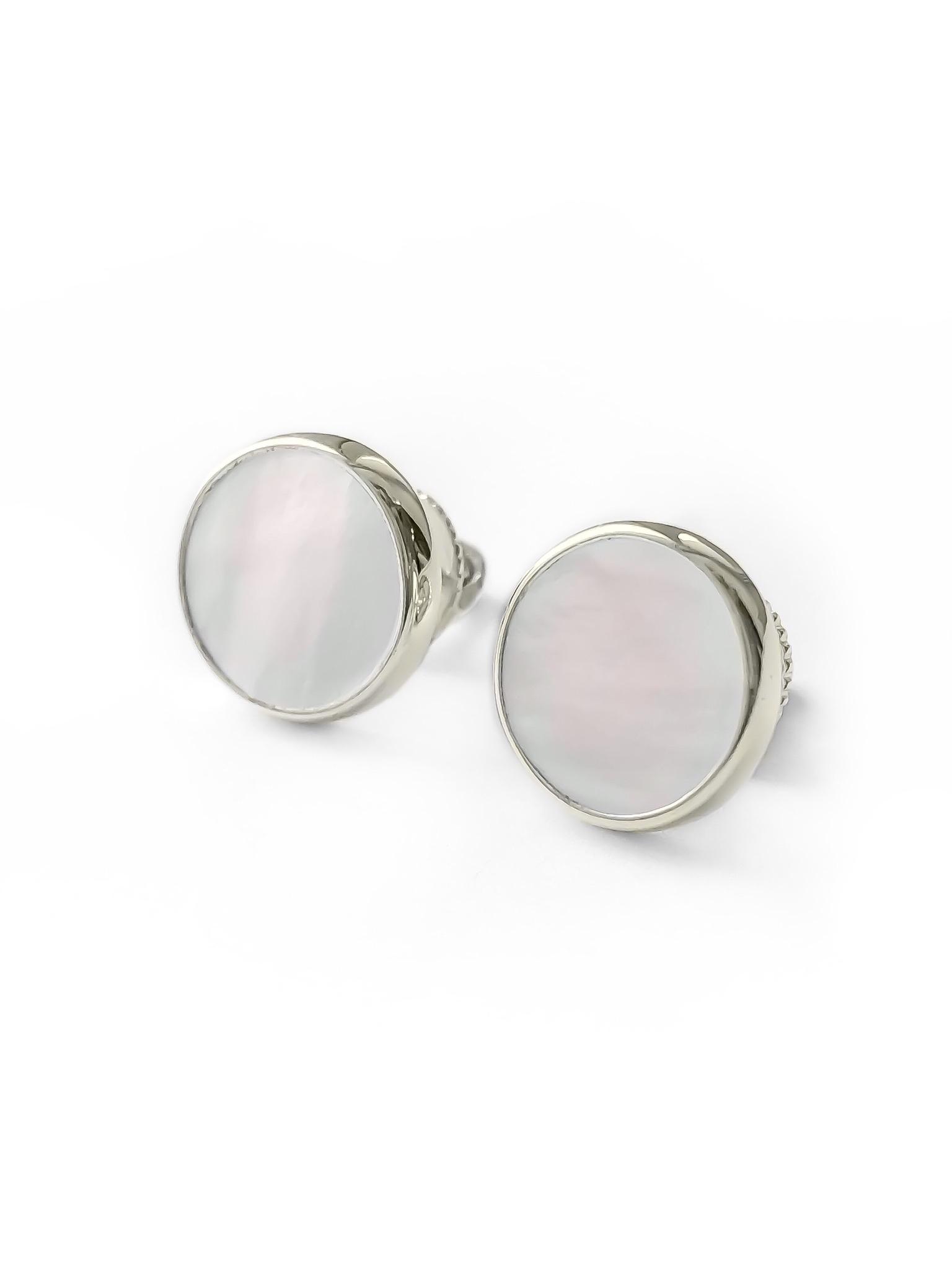 Серебряные серьги-пусеты с перламутром