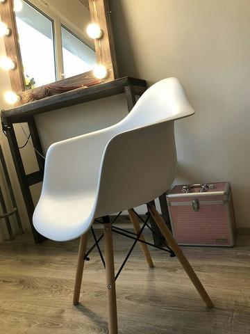 Интерьерное дизайнерское стул-кресло Eames Wood Mold DAW