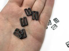 Крючок для бретели черный матовый 10 мм (металл)