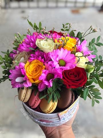 Цветы и macaron ( 4 шт.) #20122