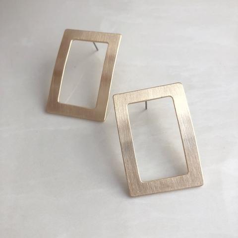 Серьги изогнутый квадрат, позолота