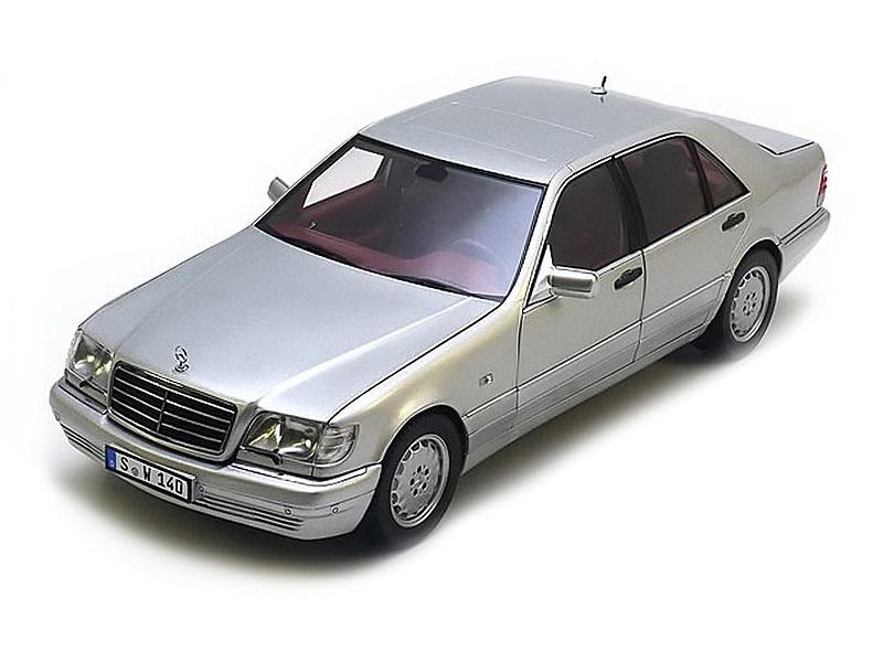 Коллекционная модель Mercedes-Benz S600 W140 1997 Silver