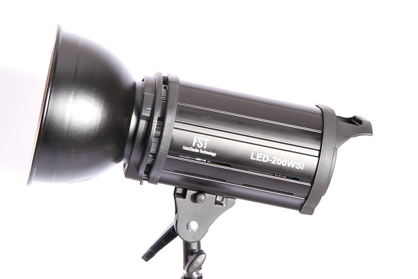 FST EF-200 (LED) Sun Light
