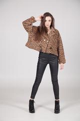 Куртка с леопардовым принтом недорого