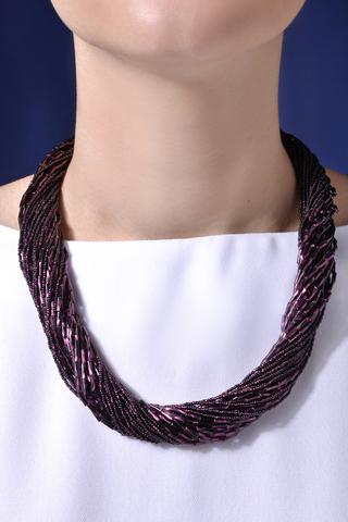 Бисерное ожерелье из 36 нитей фиолетовое