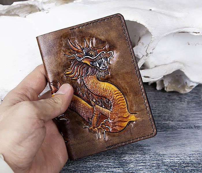 BC165 Кожаная обложка на паспорт с китайским драконом фото 06