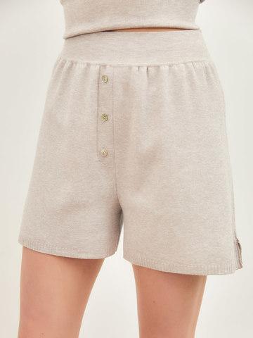 Женские шорты светло-кофейного цвета из вискозы - фото 4