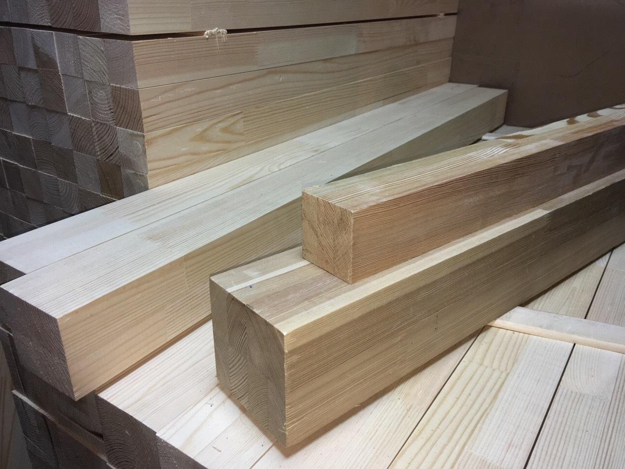Мебельный брус - лиственница сращенная 50 мм х 50 мм х 900 мм