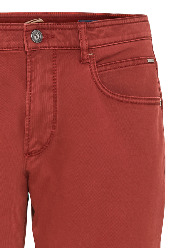 Летние джинсы Camel Active Jeans 4889755+36_red