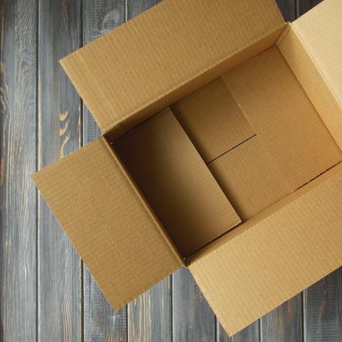 Коробка гофро 4-х клапанная белая (310*220*105мм)