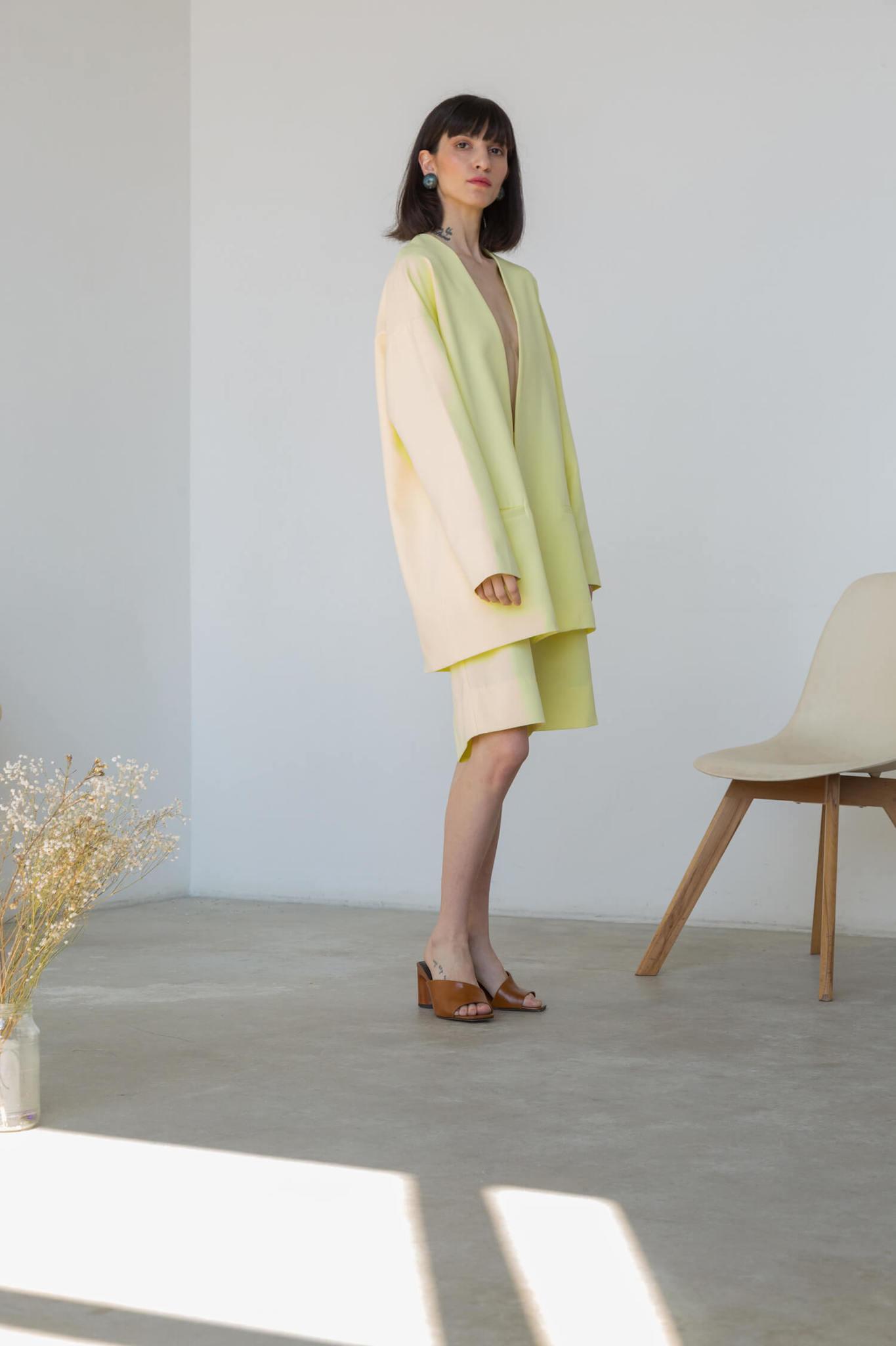 Шорты-бермуды удлиненные, цвет: желтая пастель