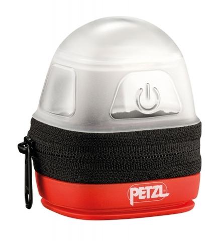 Кейс для налобных фонарей Petzl, который рассеивает свет в режиме кемпинговой лампы