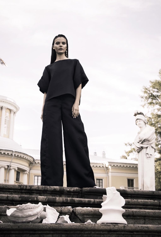 Широкие брюки-палаццо без боковых швов, черный