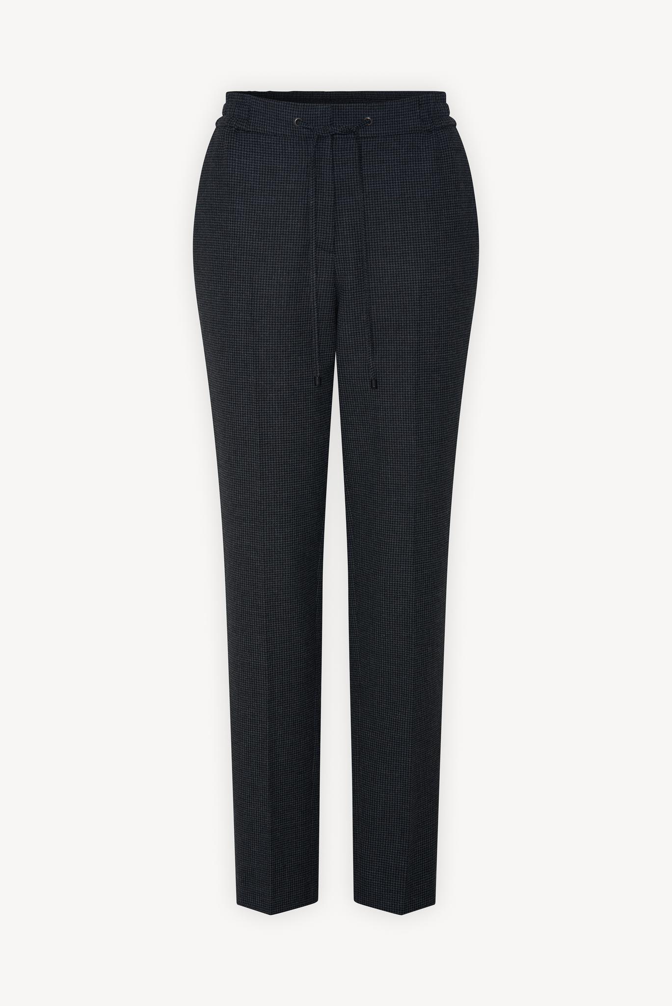 Классические брюки на завязках