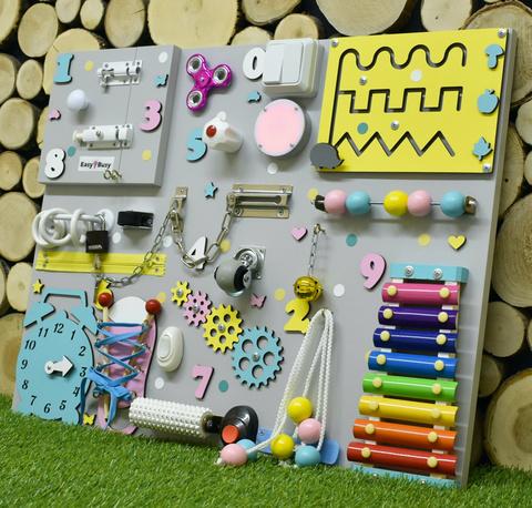 Бизиборд интерактивный 50х65 см для девочки с фонариком